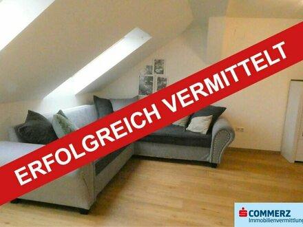 ERFOLGREICH VERMITTELT!!! Gepflegte Dachgeschosswohnung im Zentrum