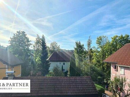 Ortszentrum Seekirchen: Ansprechende 2 Zimmer Mietwohnung mit Balkon!