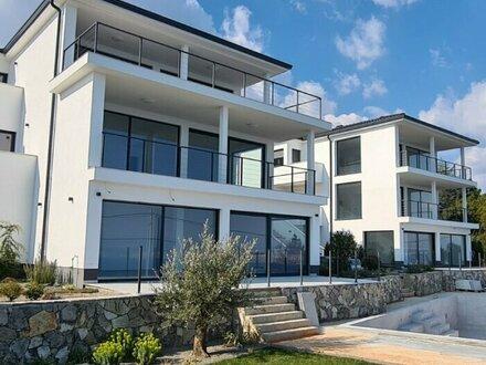 Modernes, bezugsfertiges 3-Zimmer-Apartment mit Meeresblick in Lovran/Kroatien