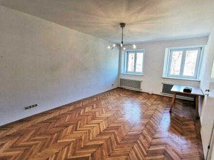 Zentrale 2 bis 3-Zimmer-Wohnung in St. Johann im Pongau