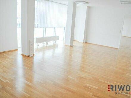 Helles, modernes Büro mit 163m² direkt bei der U-Bahnstation!