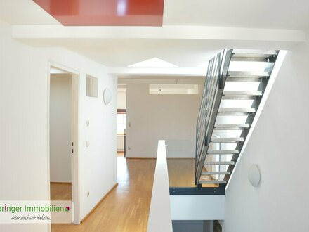 Wohnen mit Flair! 3-Zimmer-Dachterrassen-Hausetage im Architektendesign