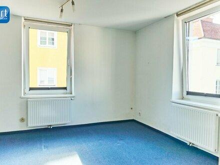 Zentrale, helle 2 Zimmer Wohnung
