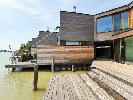 Schickes Seehaus direkt am Wasser