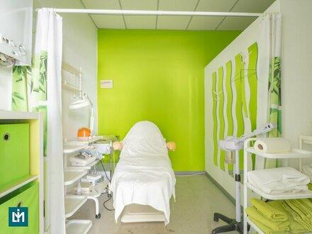 Möbliertes Geschäftslokal für Fußpfleger, Kosmetiker und Masseure - Gemeindebau mit Ablöse (€ 15.000,-)