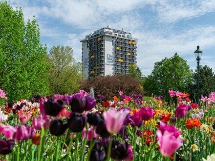 Top 09 ERSTBEZUG an der U1 mit großem Balkon und tollem Blick