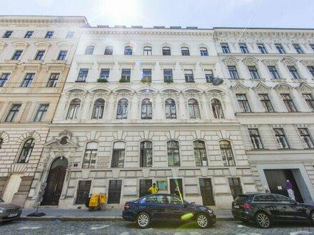 Herrschaftliche 4-Zimmer Wohnung in ruhiger Innenhoflage zentral in 1040 Wien zu vermieten!
