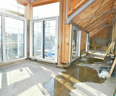Einfach nur WOW!! Hier macht Heimkommen Spaß! Traumhaft Wohnen im Dach mit riesiger Dachterrasse + Fernblick + Tolle Ra…