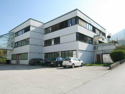 Büro am nordöstlichen Stadtrand von Salzburg-Mayrwies