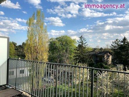 Kagraner Platz, SANIERTE 4-Zimmer ALTBAU-Wohnung mit Loggia