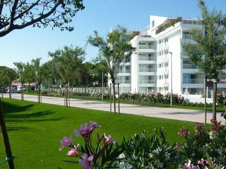 Ferienwohnungen mit modernem Interieur, nachhaltiger Bauweise und unverbautem Meerblick (Provisionsfrei)