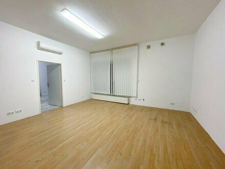 62 m2 großes Büro/ Geschäftslokal / Atelier mit 20 m2 großem Lager und Garage nähe Pauluspark zu verkaufen!