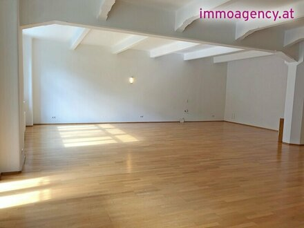 203m2 Büroloft mit 15m2 Balkon im Herzen von Margareten