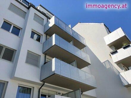 2-Zimmer ZWEITBEZUG Dachgeschoss Wohnung!
