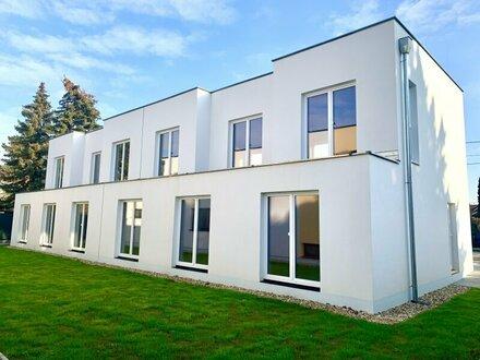 Mehr als Rohbau plus Fenster! Ziegelmassivbau auf Eigengrund! Außen fertig - Innen roh! Ausbauhaus! Provisionsfrei!