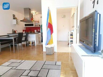 Gemütliche und geräumige 2 Zimmer Wohnung mit 44 m2