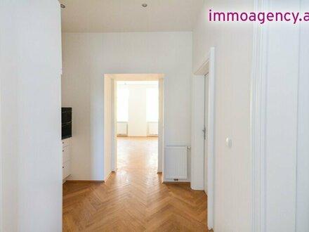 Helle und freundliche 3 Zimmer Wohnung im Stilaltbau