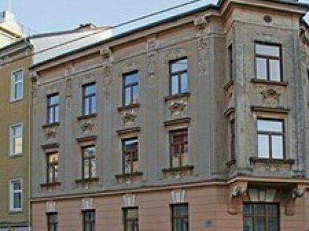 altes Wohnhaus - Baugrund für neues Wohnanlage für 30 Einheiten