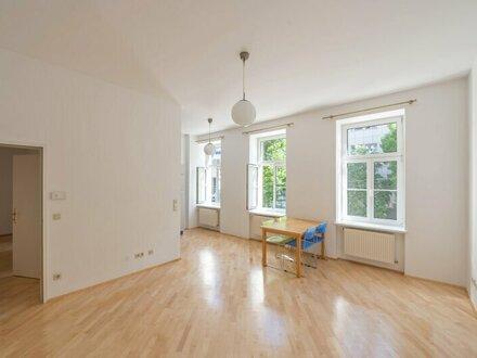++NEU++ 2-Zimmer ALTBAU-Wohnung in TOP-Lage!
