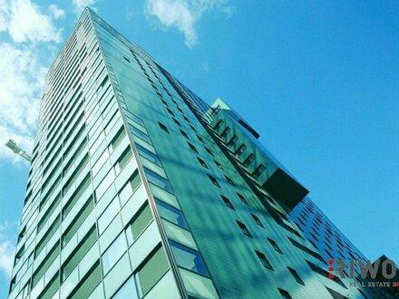 **Hochhaus** wohnen im 15.ten Stock mit Concierge // Freifläche // Pool // Sauna // Fitness