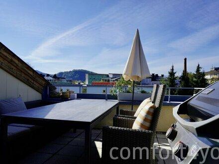 Äußerst geräumige Familienwohnung mit Dachterrasse in Ruhelage