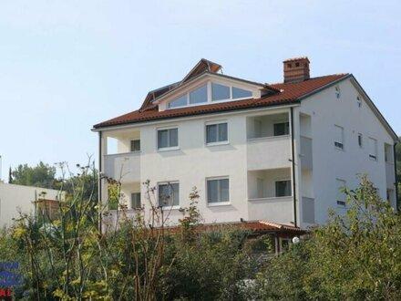 Kroatien/Pula:exklusive Appartment Villa mit 8 Einheiten & Penthouse Familienwohnung