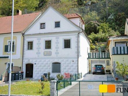 """Wohnen im historischen Kleinod """"Altes Schifferhaus"""""""
