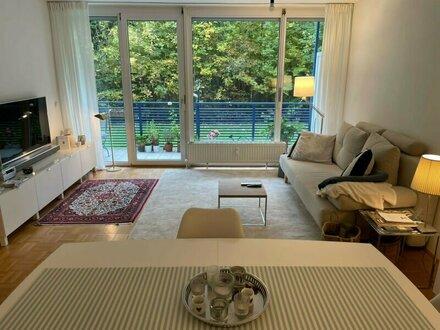 Gut gelegene 2-Zimmer-Wohnung mit Balkon in Morzg