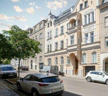 Luxus Design Altbau auf 4-Zimmer mit Balkon