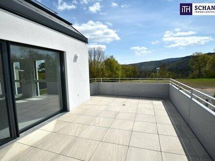 Dieser Fernblick ist malerisch! Perfekt geplanter Drei-Zimmer-Erstbezug mit über 35 m² Freifläche!
