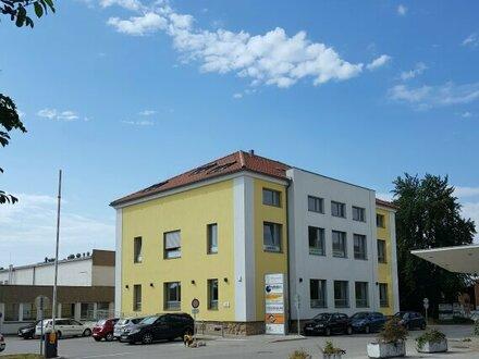 Tolle Praxis - Büro oder auch Wohnung im Zentrumsbereich zu vermieten!