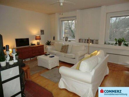 Ternitz: Schöne 4-Zimmer Wohnung in traumhafter Grünruhelage mit Loggia!