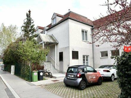 Helle, moderne Wohnung in Ruhelage mit Terrasse