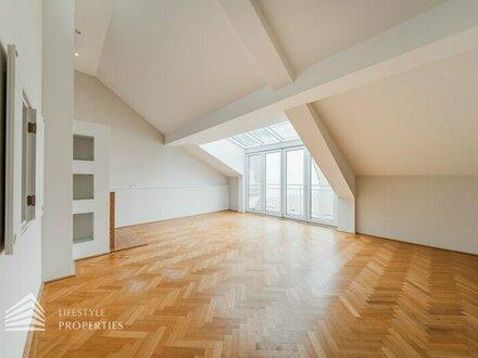 Luxuriöse 3-Zimmer DG-Wohnung mit Dachterrrasse und Sauna, Nähe Karlsplatz
