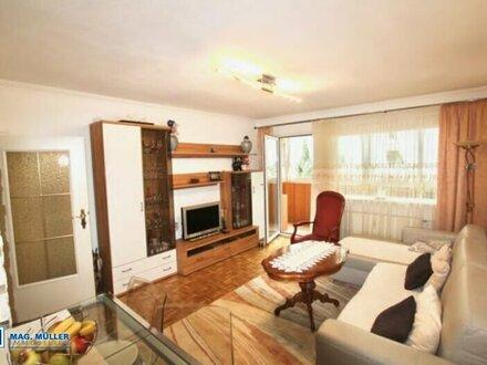 Zum 1.10 einziehen : Gemütliche 2 Zimmer Wohnung in der City