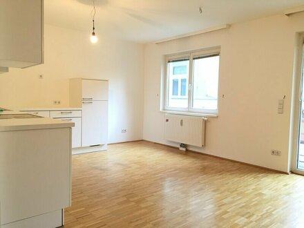 4-Zimmer-Wohnung mit Eigengarten! nähe Friedensbrücke (U4)! KÜCHE WIRD ERNEUERT!! FOTOS folgen!