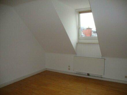 3-Zimmer-Mansardenwohnung in Salzburg/Itzling zu vermieten