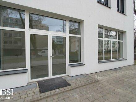 Sonniges Büro oder Geschäftslokal - Gersthofer Str. 119 - hochwertiger Erstbezug, gr. Schaufenster, frequentierte Lage