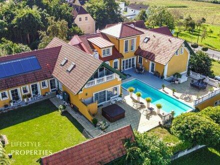 Luxuriöse 15-Zimmer-Villa mit Pool, Nähe Hartberg