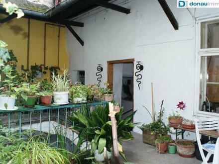 JI - Romantische Altbauwohnung für Liebhaber aus der Biedermeierzeit mit Terrassennutzung in Krems-Stein