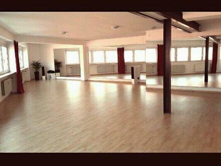 Kursraum-Vermietung: Studio für Tanz, Pilates, Fitness, Yoga.. stundenweise zu vermieten.