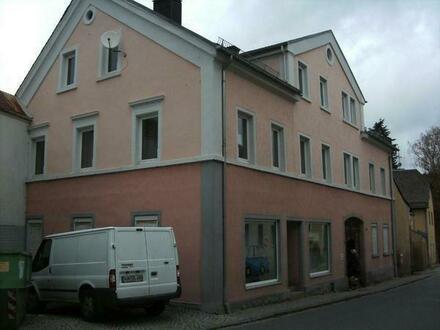 Haus Regnitzlosau MFH, Wohn-Geschäftshaus