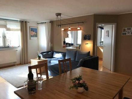 Sehr schöne vier Zimmer Wohnung mit Garten & Hobbyraum