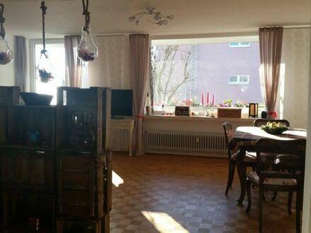 Helle geräumige 3,5-Zimmer-Wohnung in sehr ruhiger Lage mit bester Anbindung