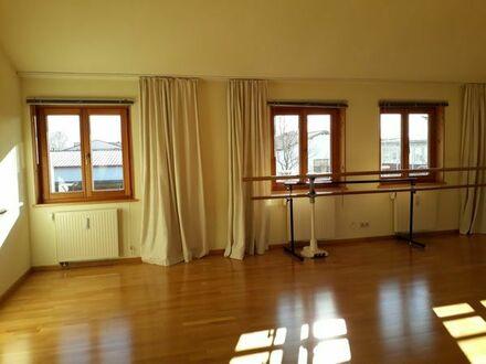 Heller, schöner Raum 92 m2 vielseitig nutzbar