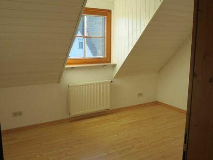 Pfedelbach - Helle, große Dachwohnung ab 15.08.2019 frei