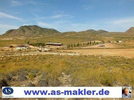 Sonderpreis, ca. 138000 qm Land mit Pferderanch und 2 Häuser sehr günstig zu verkaufen!!!