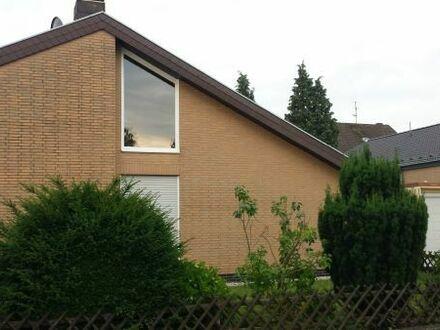 St.Augustin Hangelar, neuer Niederberg, Einfamilienhaus 122m2, 568m2 Grundstück, Keller, Garage