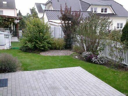 Helle moderne 3-Zimmerwohnung in 3-Familienhaus mit Garten
