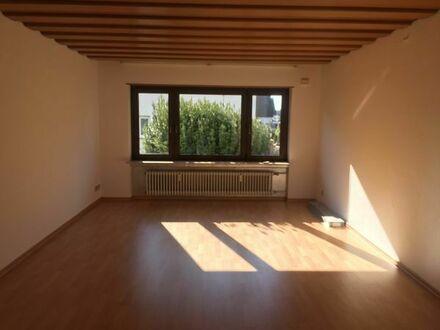 Ruhige 3,5 Zimmer Wohnung mit schöner Terrasse in Brühl